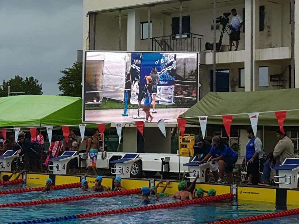 MOBO MB-10 LED trailer broadcast swimming event