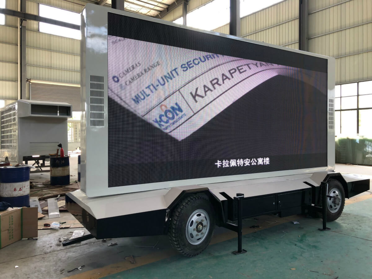 MOBO 12sqm mobile LED trailer woking in factory