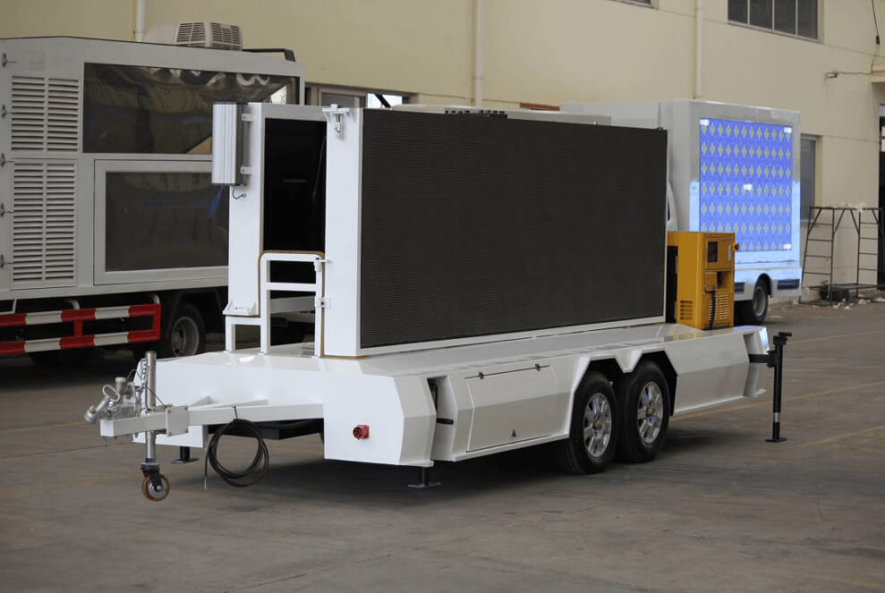 MB-10 trailer with foldable LED screen