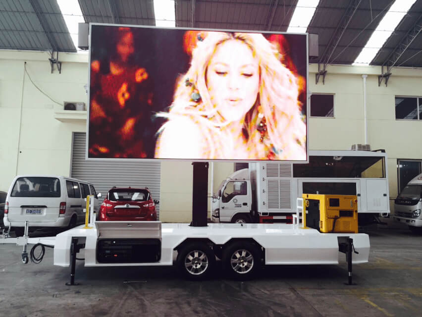 MB-10 LED screen trailer playing video in China warehouse