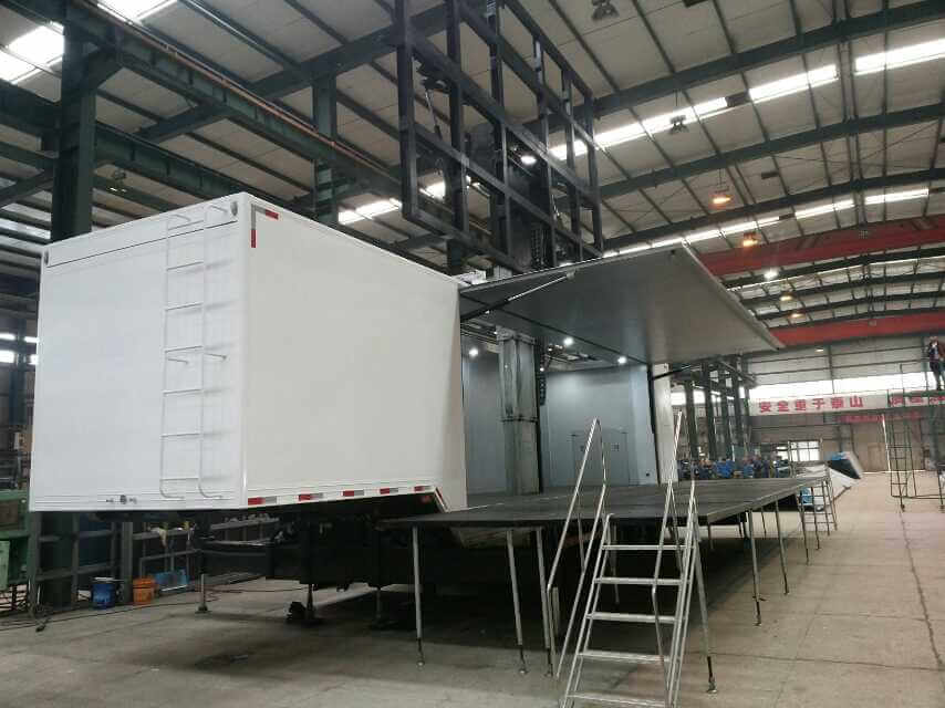 32sqm Mobile LED wall trailer in MOBO factory