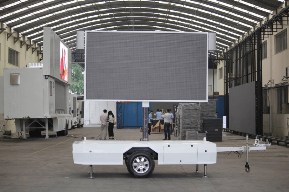 MB-5 LED trailer with lifting screen