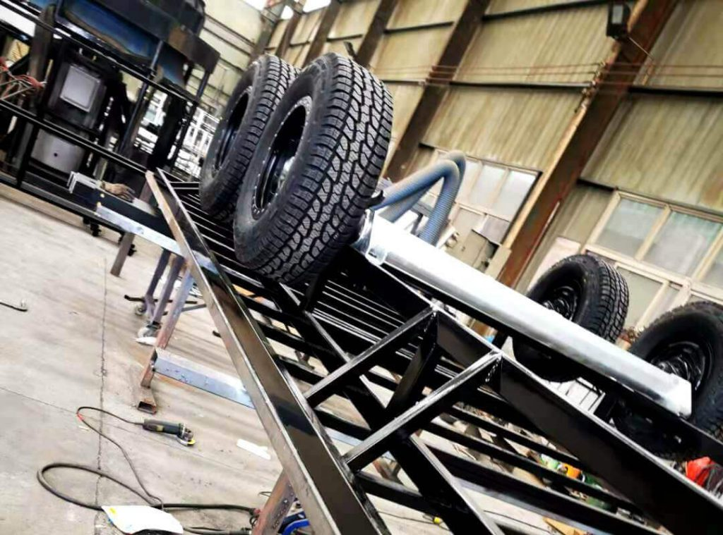 Durable tire and axle of MB-50 stage trailer chassis