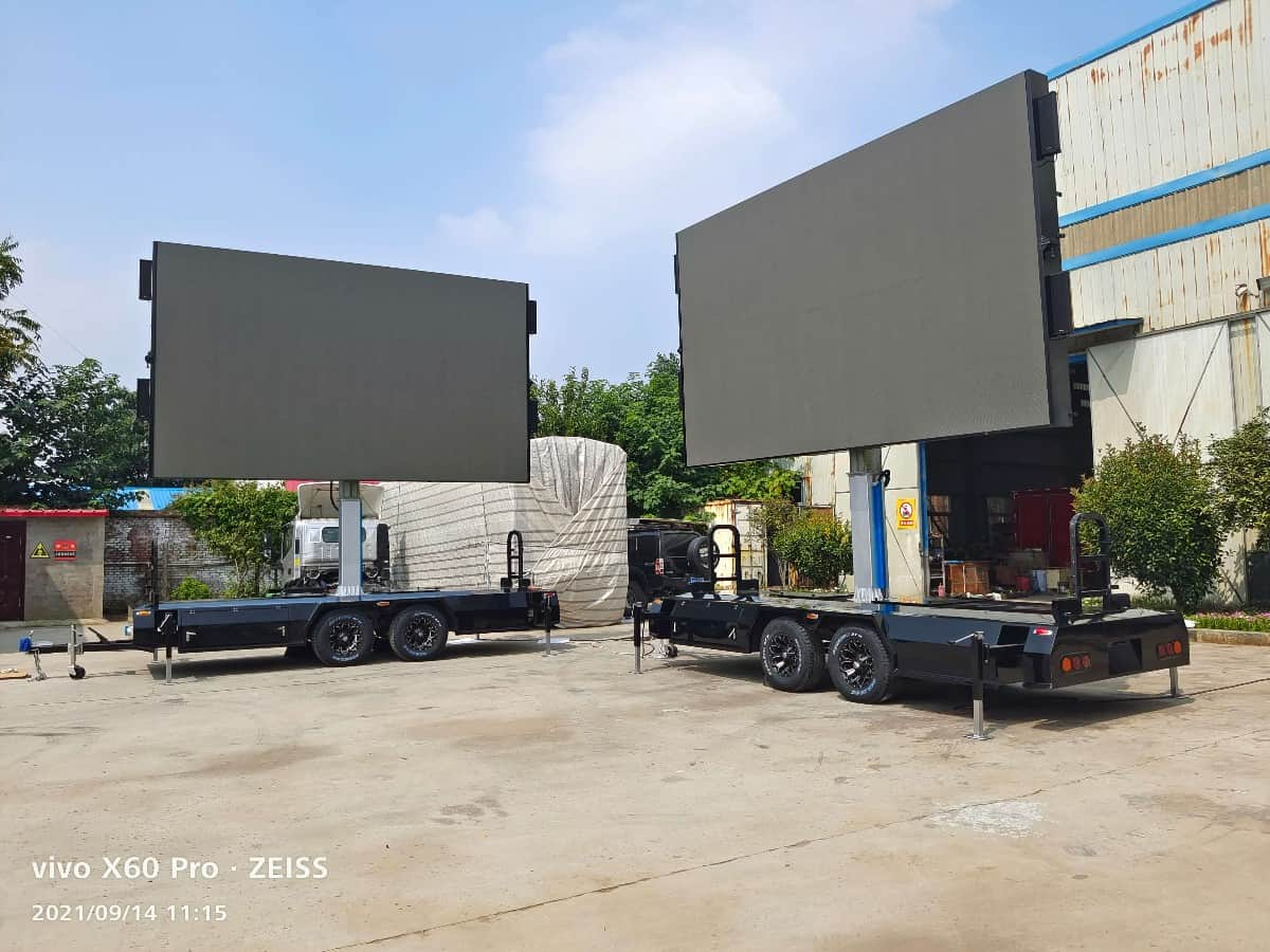 rental LED screen trailer in MOBO factory